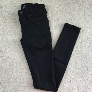 Just Black Low Waisted Skinny Jeans